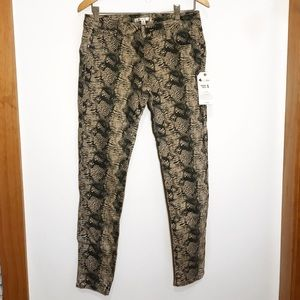 Printed dress pants